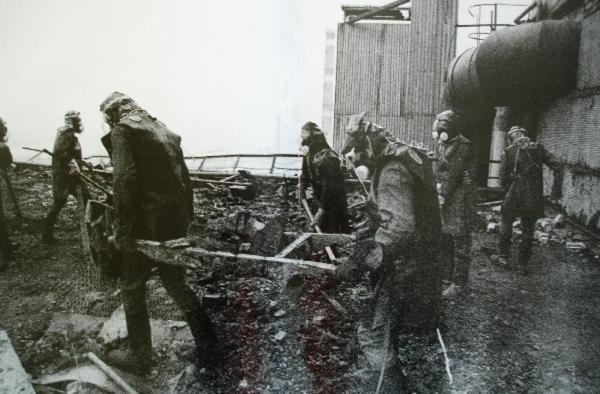 Tim Sar dan tentara kebersihan chernobyl
