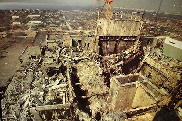ledakan reaktor 4 chernobyl